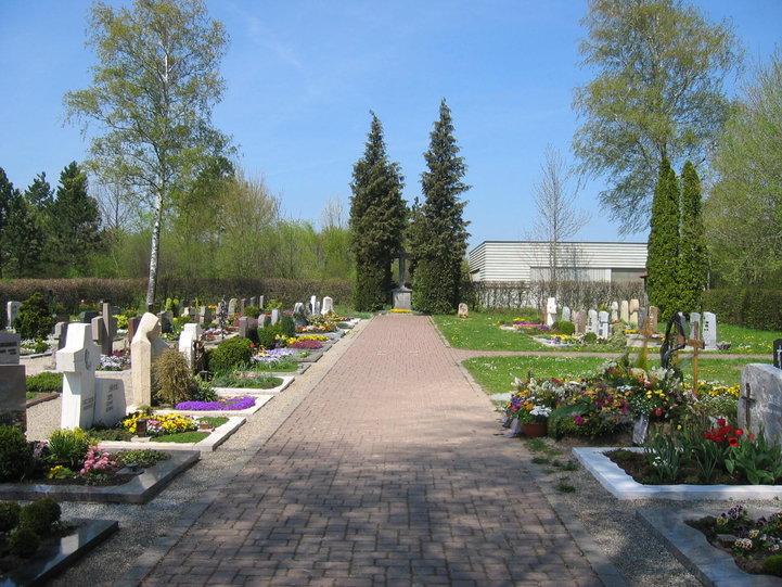 csm_Friedhof-Fronrot_02_86bf1197ce