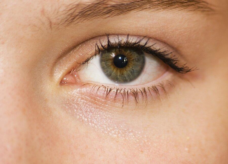 eye-1227705_1920