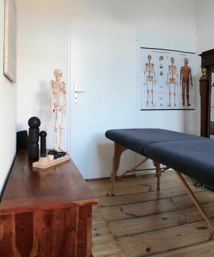 Behandlungsraum der Praxis