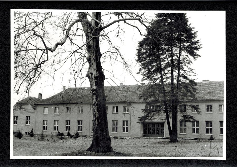 Gartenseite des Schlosse 1950ger Jahre