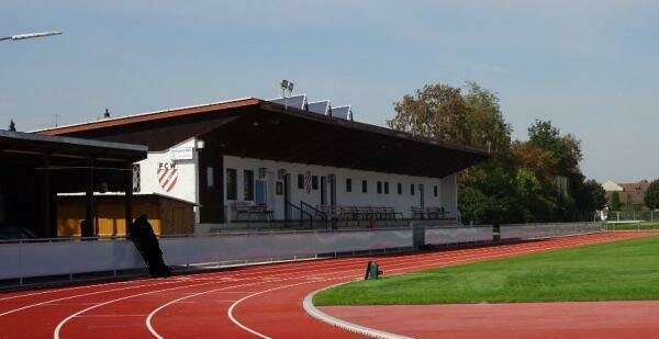 Sportplatz in Wallersdorf