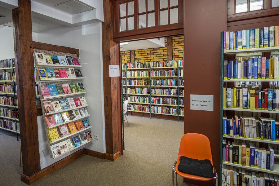 Ein reichhaltigen Bücherangebot wartet auf die Leser