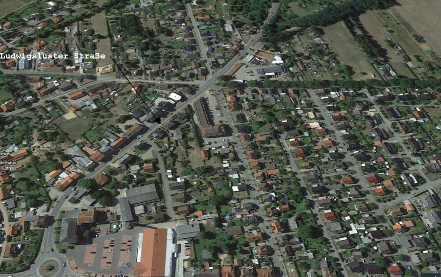 Luftbild-Ludwigsluster_Stra_e