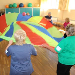 asl-aktive-senioren-leipzig-sport-praeventionssport-osteoporosegymnastik-gruppe-300x300