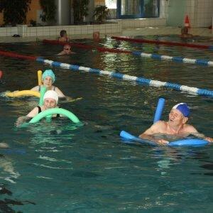 asl-aktive-senioren-leipzig-sport-aquatraining-schwimmen-2-300x300