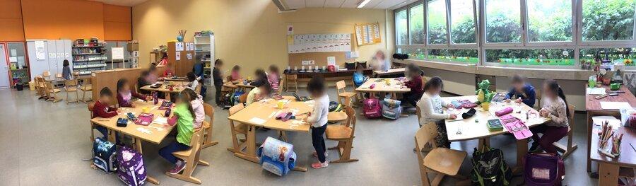 großer Klassenraum