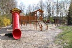 Spielplatz_kiga-be0ec40e