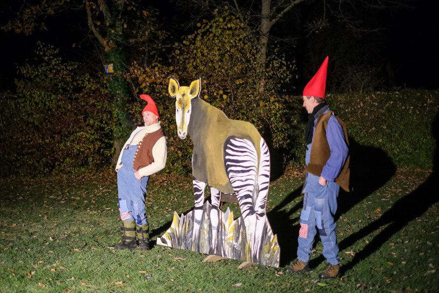 Machtsumer Lichtblicke - Zwerge und Okapi. Foto: Clemens Heidrich