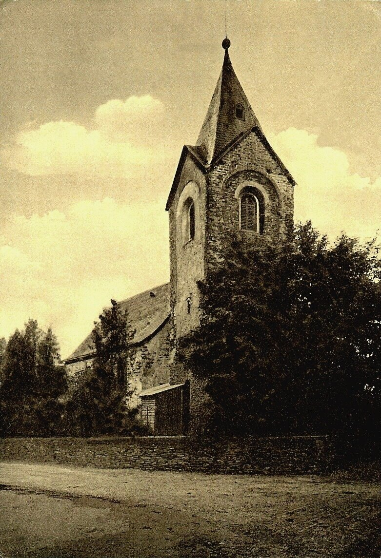 Kirche_Ansicht_Kirchstra_e_2