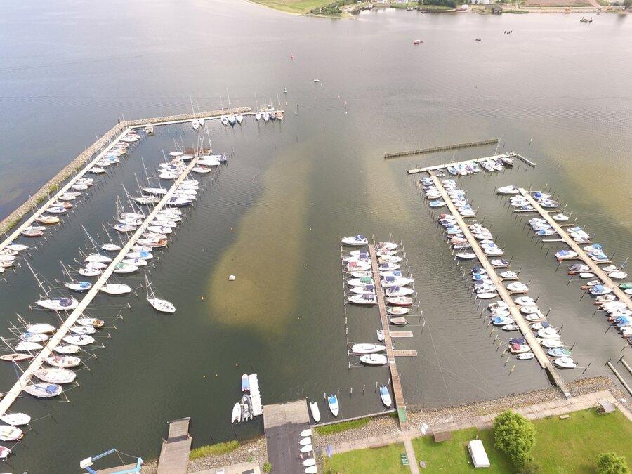 Luftbild Hafen