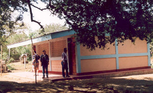 Neue_Schule_in_El_Tamarindo