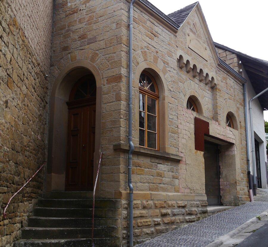 Museum von der Seite