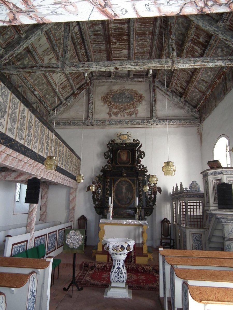 Innenansicht Richtung Altar Kirche Prensdorf