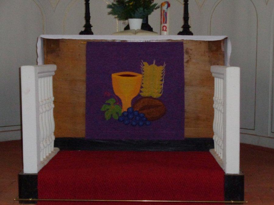 Altardekoration Kirche Kemlitz