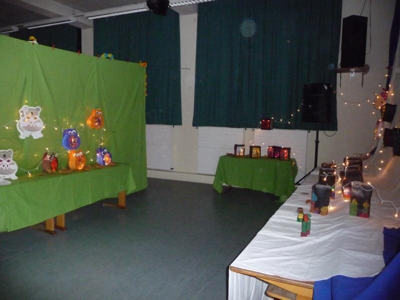 Laternenausstellung in der Aula