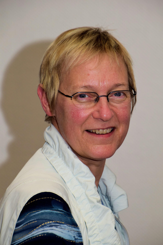 Dr. Martina Menzel