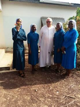 4 Nigerianische Schwestern der Schulen