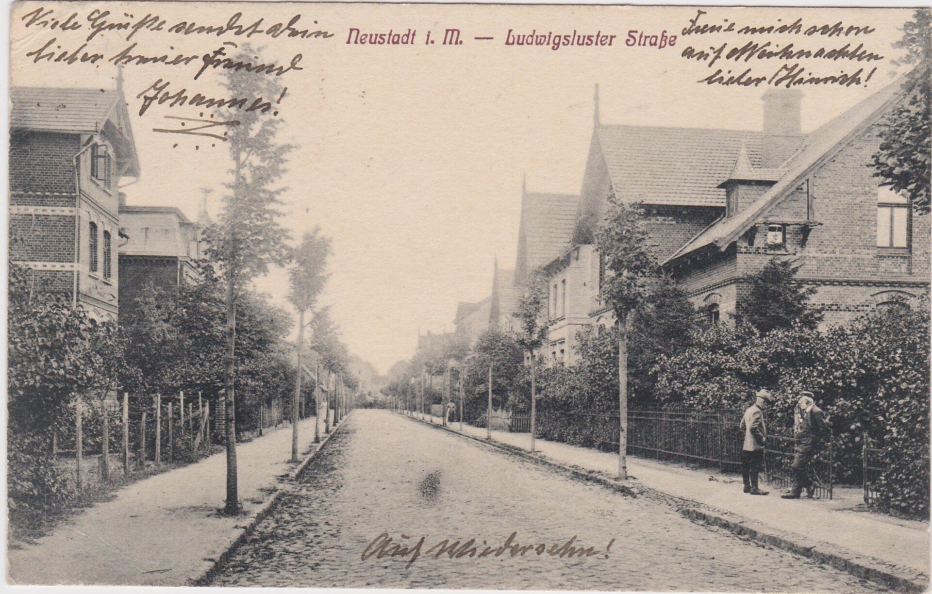 Ludwigsluster Strasse, Blick in Richtung Innenstadt (heutiger Kreisverkehr)