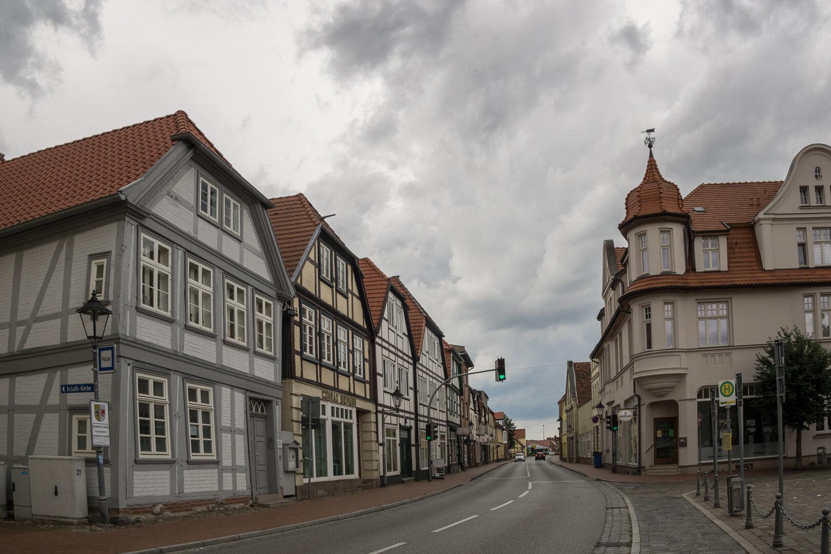 Gro_e_Stra_e_vom_Markt_Richtung_Kreisverkehr
