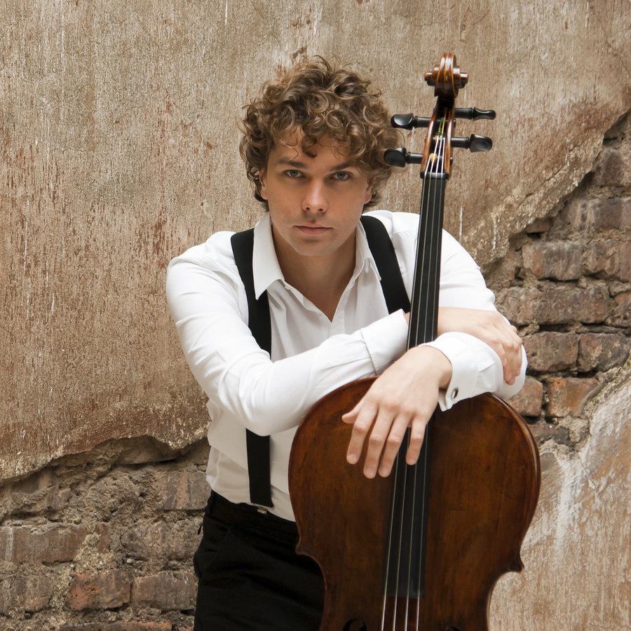 Constantin Manaev – Violoncello