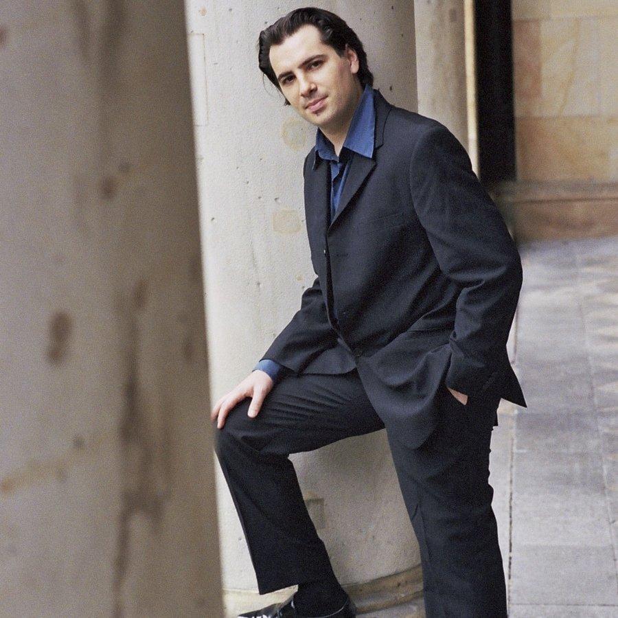 Nicolas Bringuier – Klavier