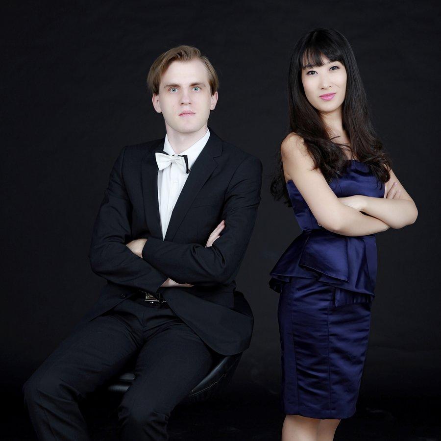 Klavierduo Xin Wang & Florian Koltun – Klavier zu vier Händen