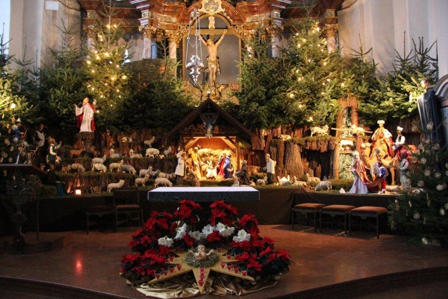 Weihnachtskrippe der kath. Pfarrkiche St. Laurentius