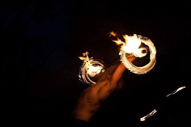 Feuerjonglage