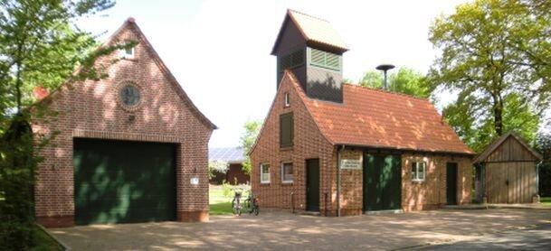 Feuerwehrhaus.2