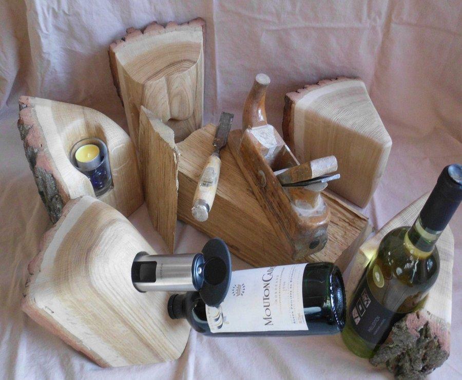 Flaschenhalter aus Holzstamm