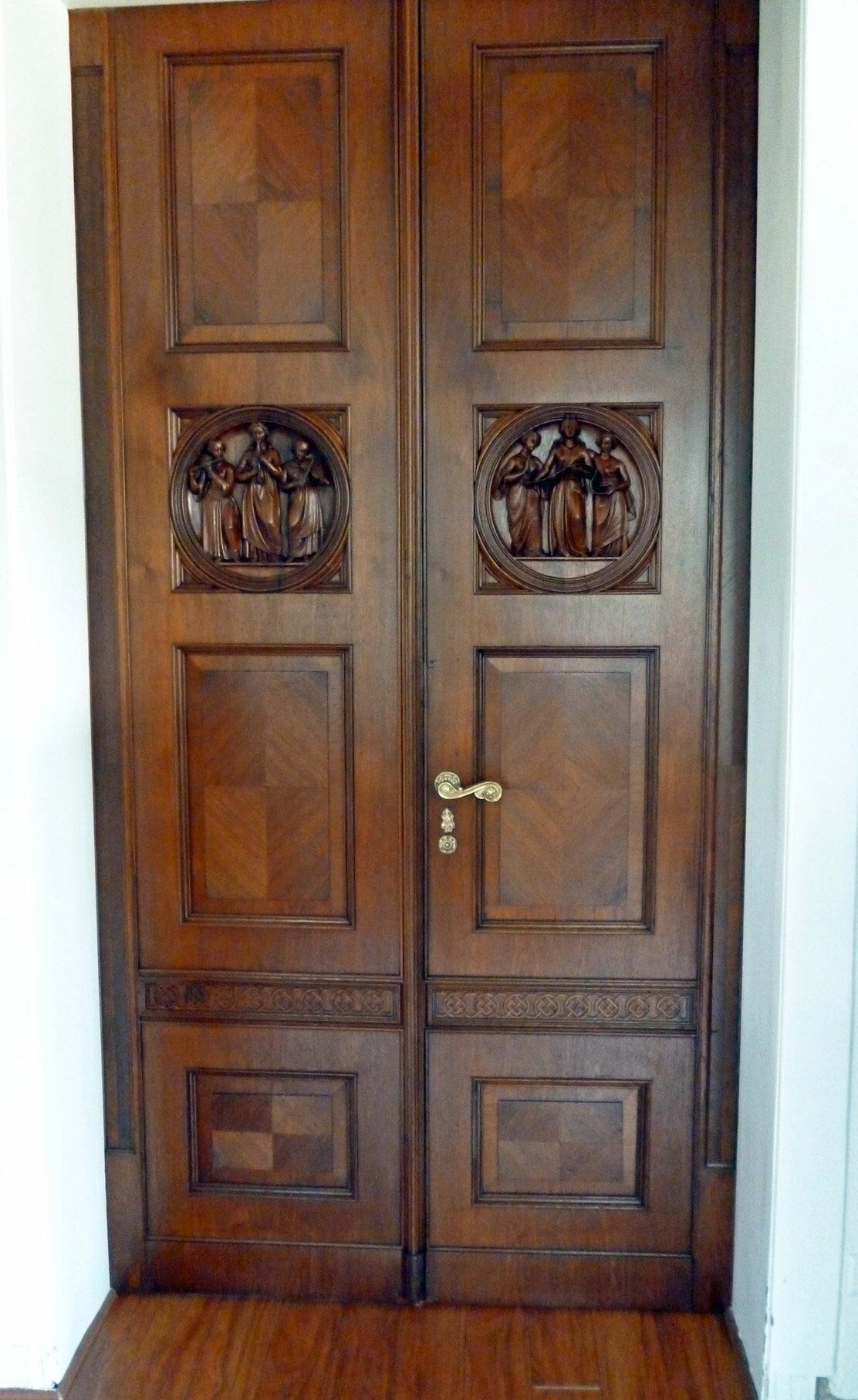 Tür mit Rosette