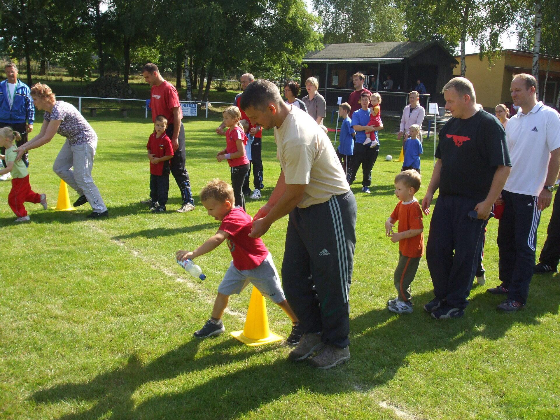 Staffelspiele Familiensporttag KITA und TSV 2008