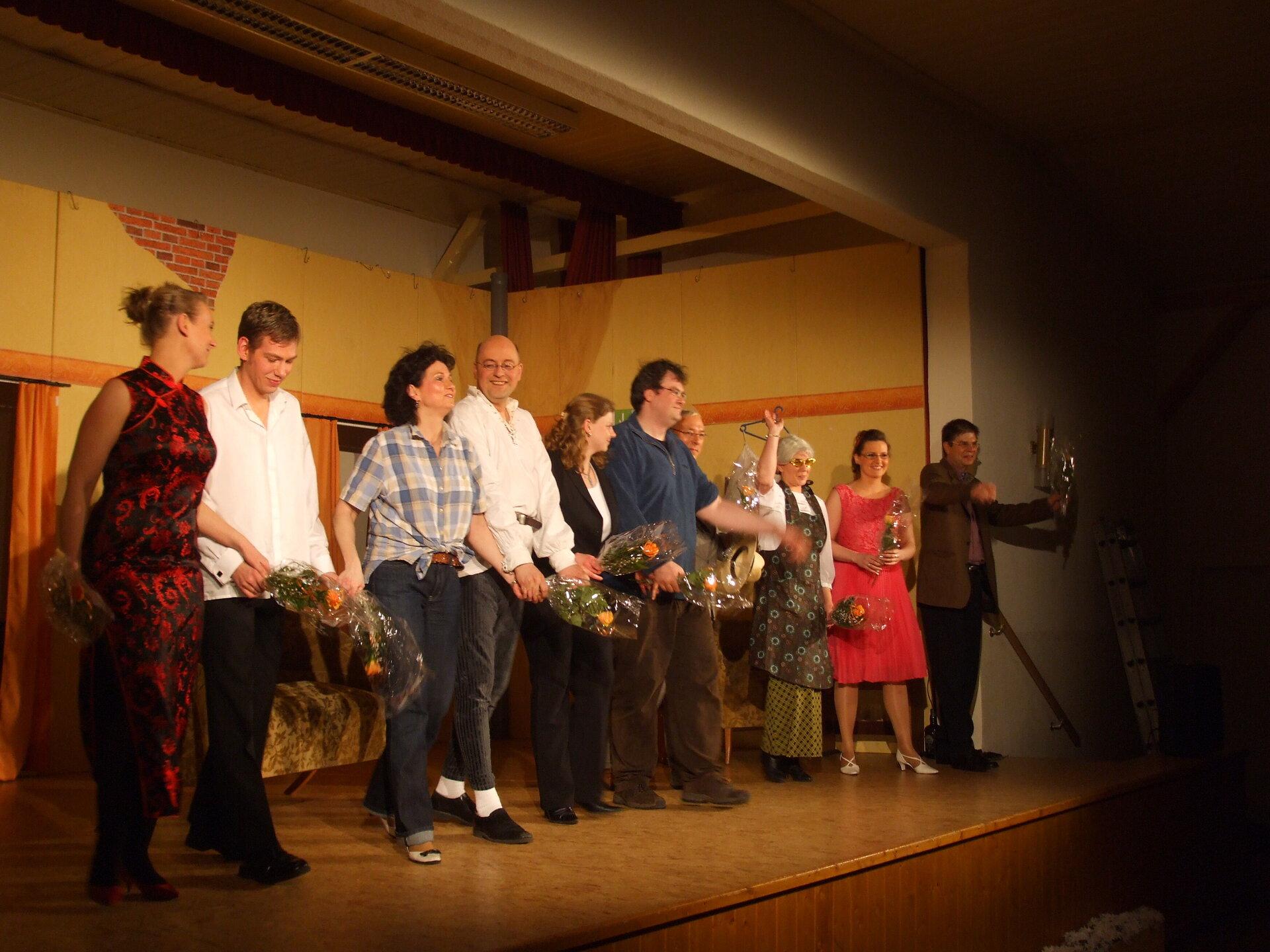 Die Theatergruppe Bühnenreif aus Salzgitter nach ihrem Auftritt am 15.03.2008