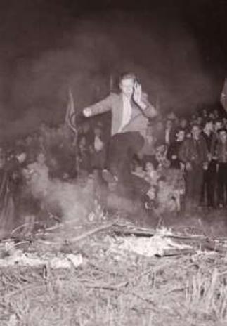Johannis-Feuer am Römerstein, 1958
