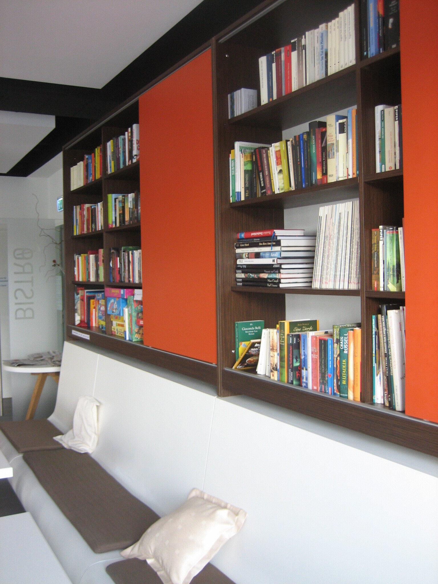 Bistro_-_ffentliche_Bibliothek_5_