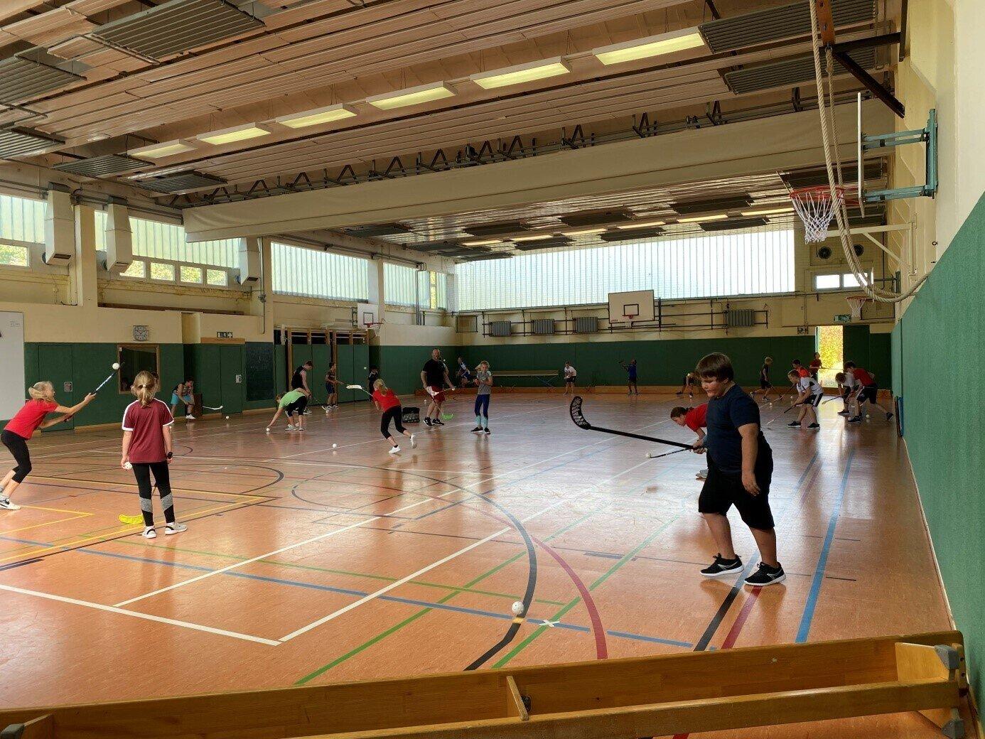 Turnhalle - AG Floorball