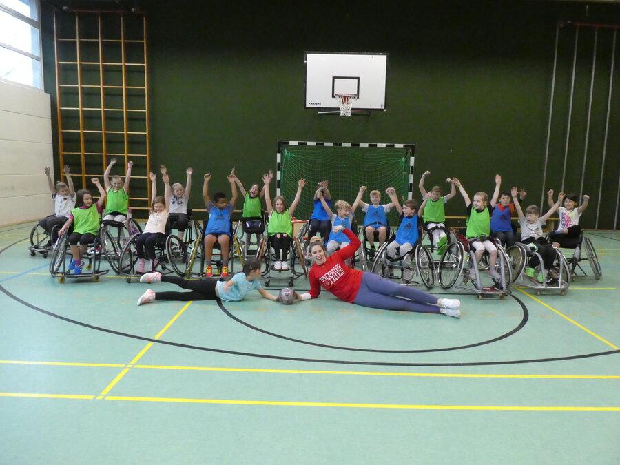 Rollstuhlbasket-_ball_14.11_178_