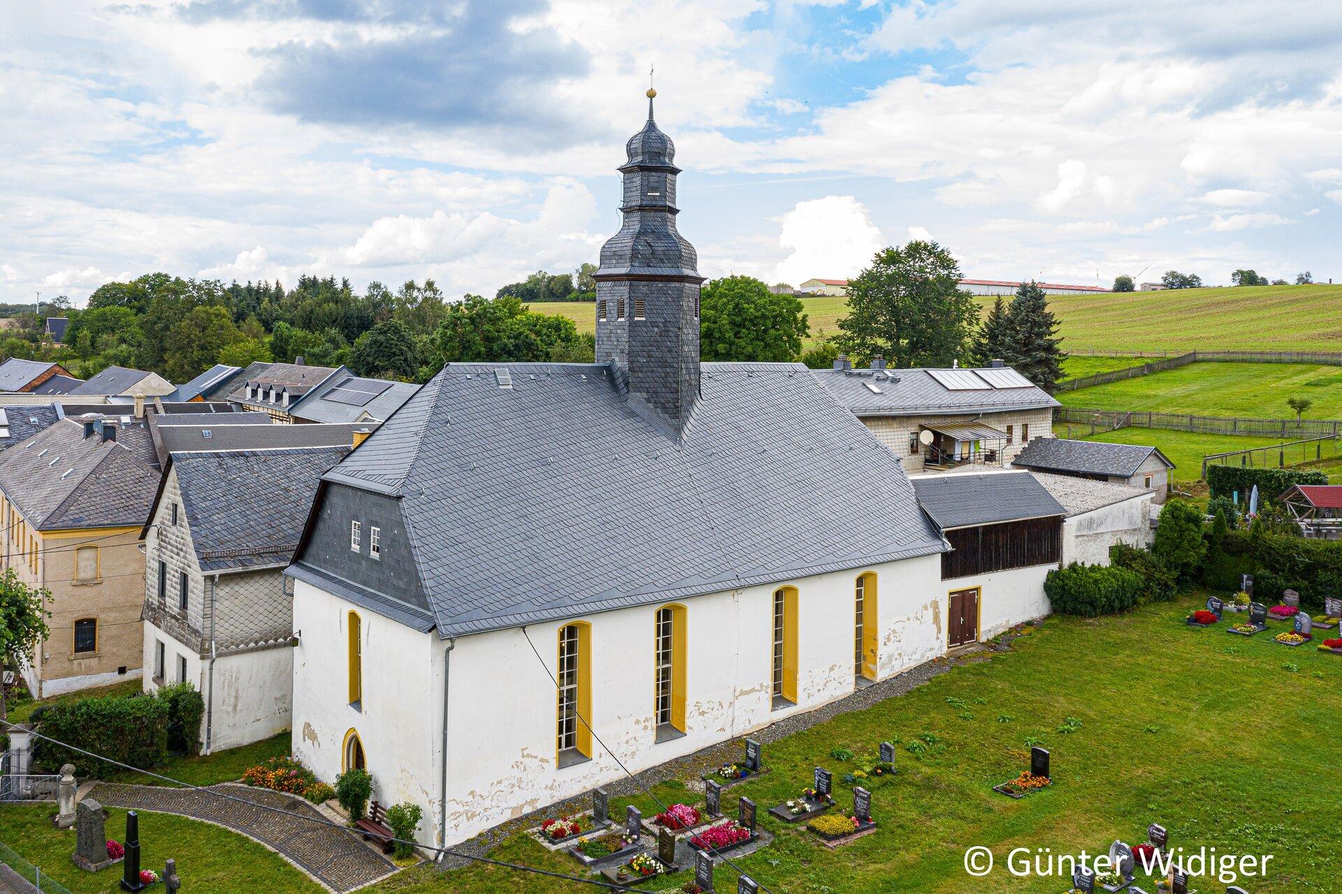 Seubtendorf - Kirche von außen