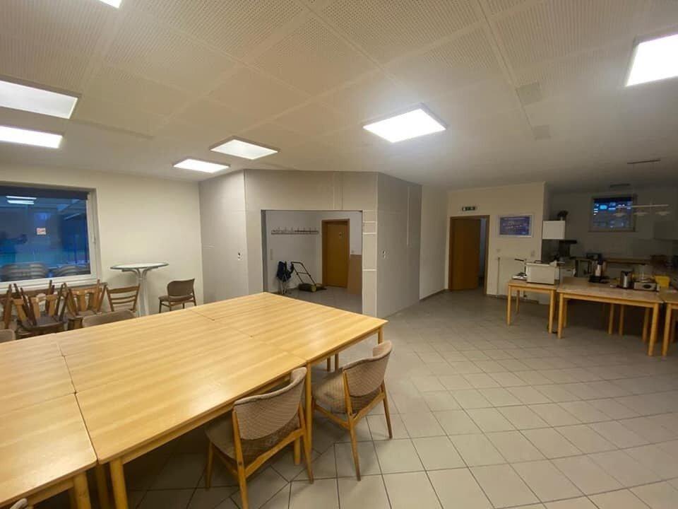 Neue Beleuchtung und Eingangsbereich