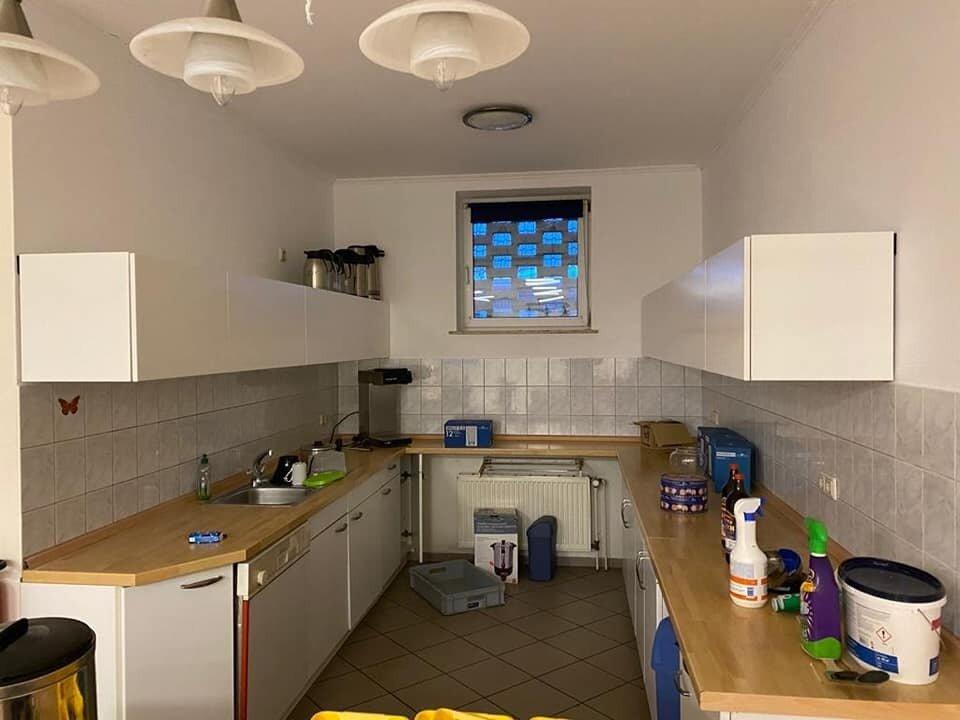 Neue Hängeschränke in der Küche