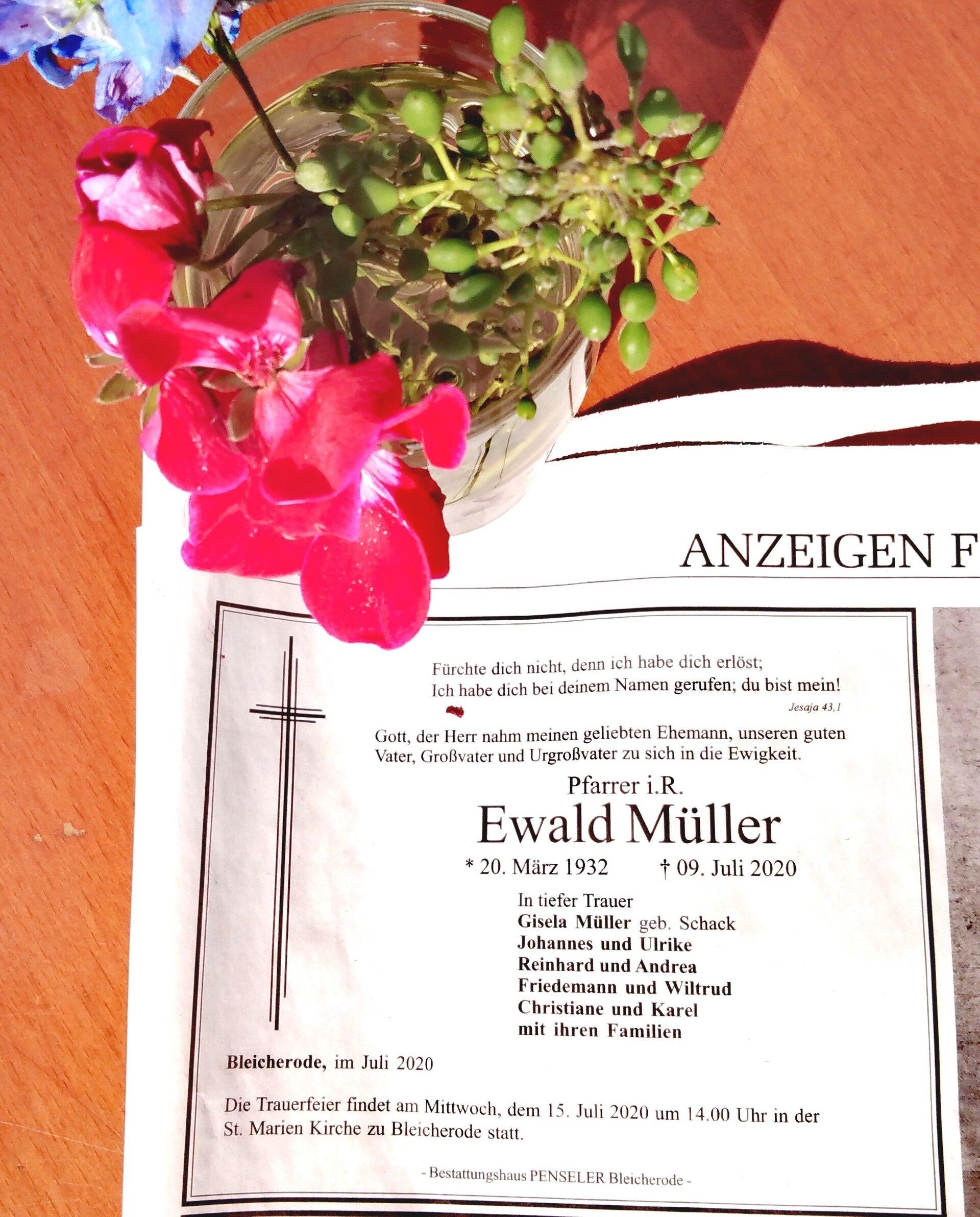 Pfarrer Ewald Müller