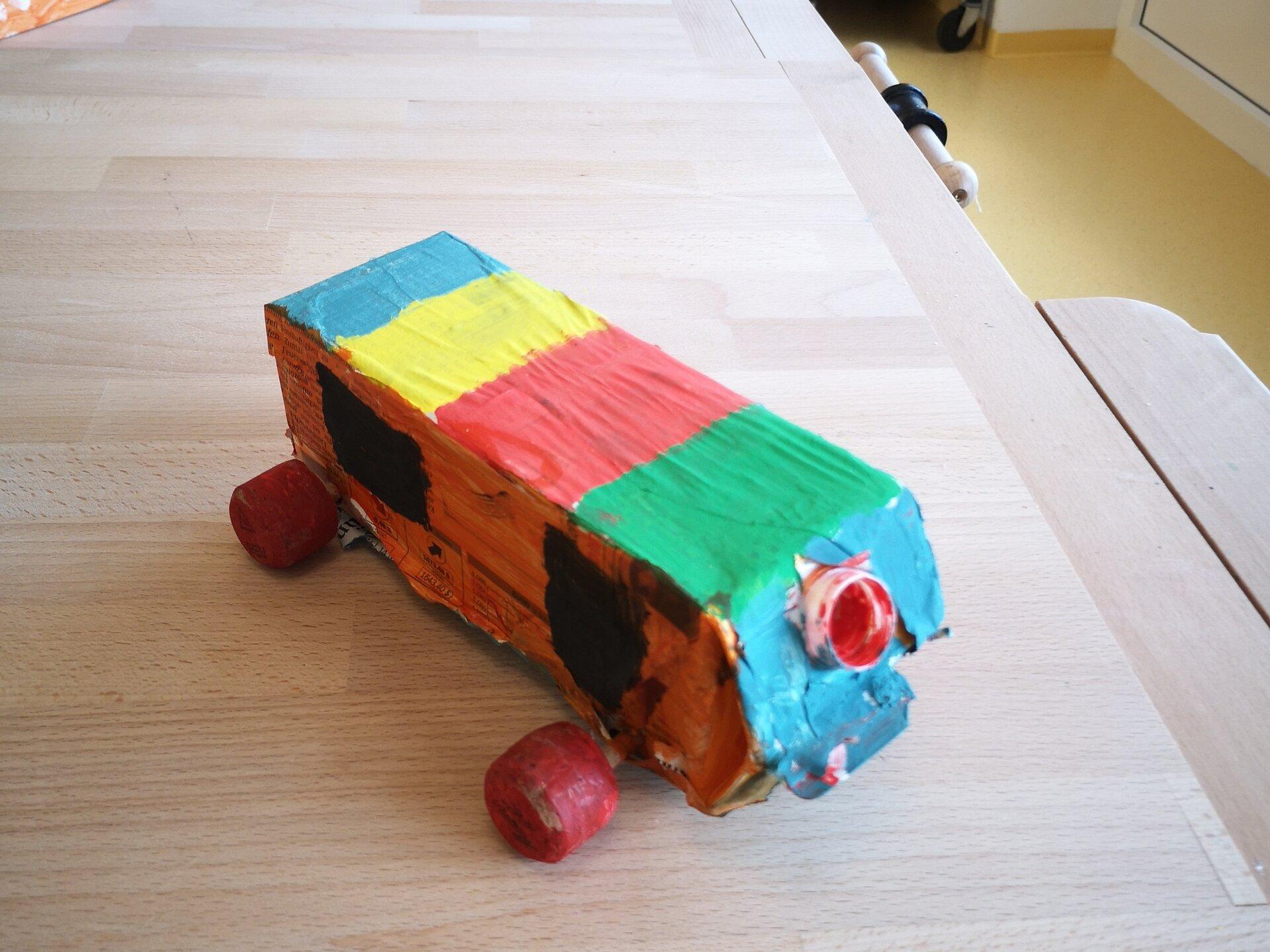 Räderfahrzeug 3b