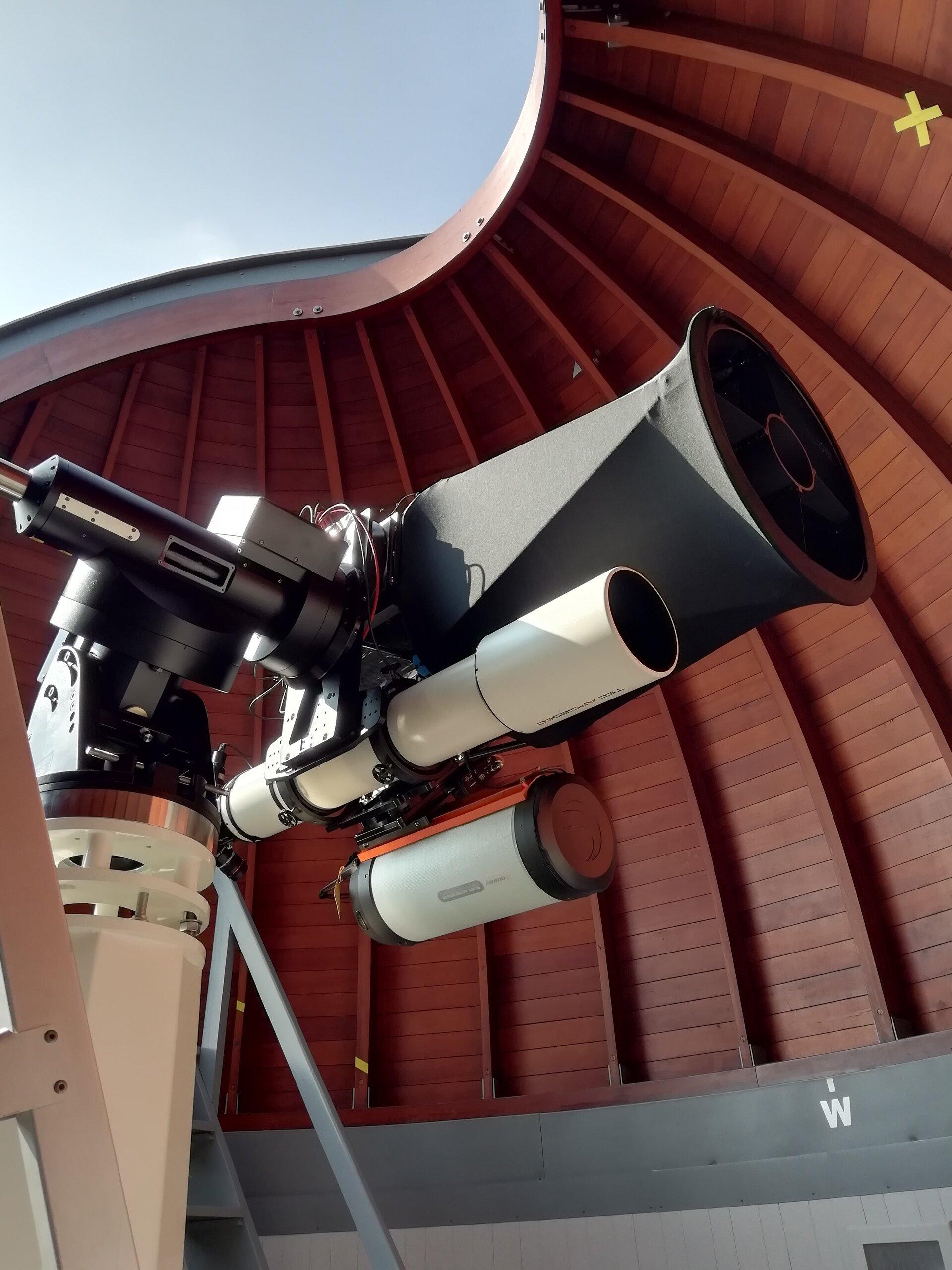 Hauptbeobachtungsinstrument