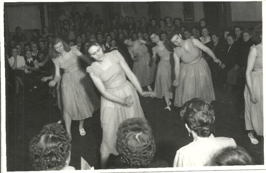 Tanzabend auf dem Saal (1951)
