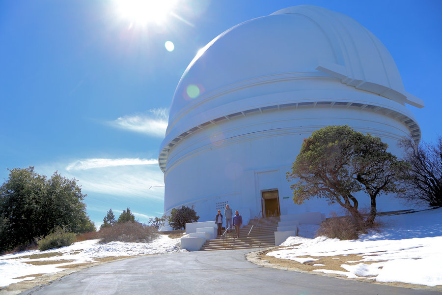 Die Kuppel des 200inch-Hale-Teleskops