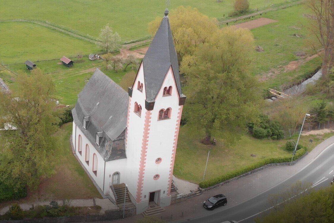 Kirchhe von oben