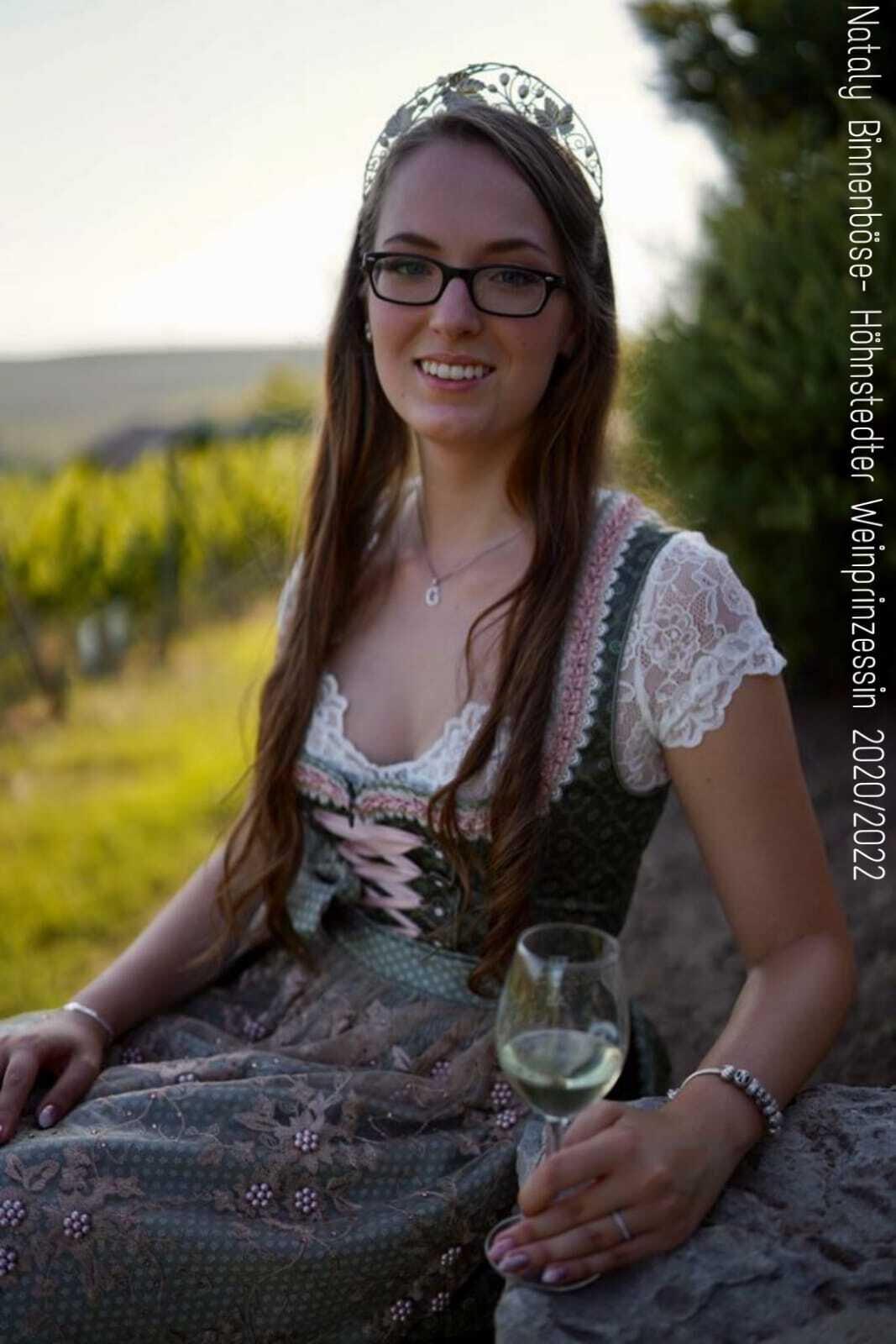 Weinprinzessin Nataly Binnenböse