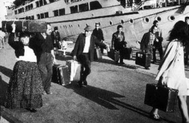 Sardinians – emigrants. Lo sapevate? 100 anni di fa anche gli emigrati sardi venivano reimbarcati per I'Isola senza cibo e né aqua ‖ Cagliari - Vistanet