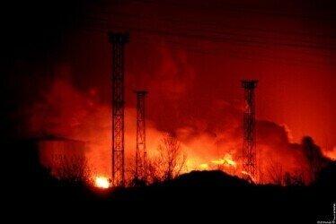 Bombardment of Oil Rafinery in Pančevo. Author: Zoran Jovanović Mačak. Courtesy of the Historical Archibe Pančevo.