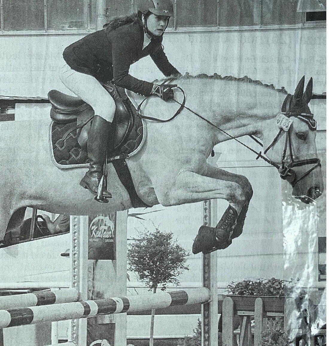 Lara-Isabel Wendel wurde Vize-Kreismeisterin in der kleinen Tour Springen mit Corneby, hier in der Springpürfung KL. L